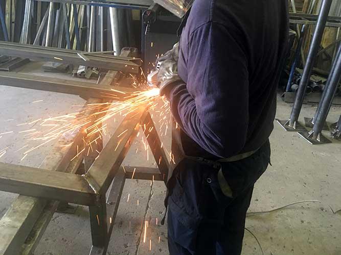 Herrería en Sevilla fabricación en acero inoxidable y galvanizados
